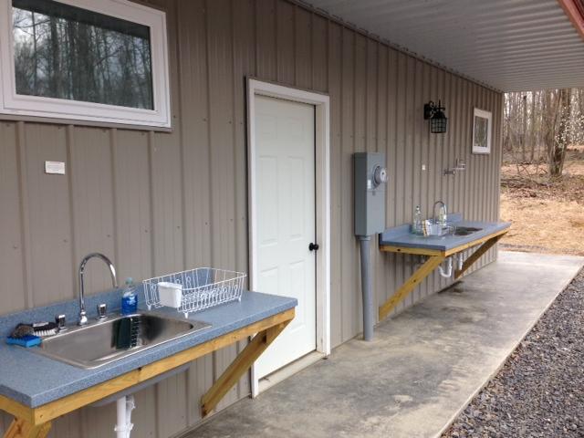 bathhouse washup